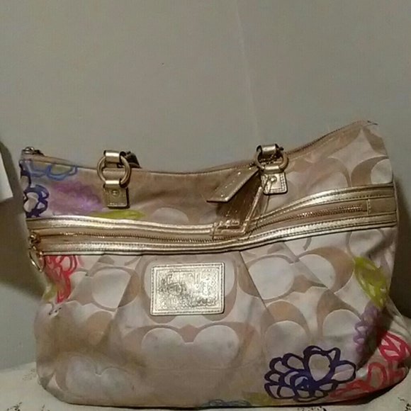 Coach Handbags - Coach Signature Floral Purse